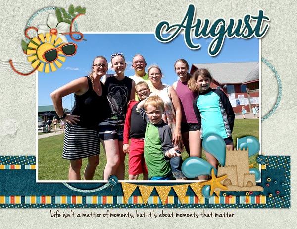 August Calendar Topper