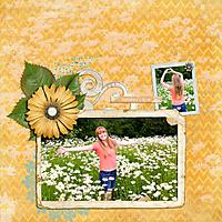 2015-06-maren-in-daisies.jpg
