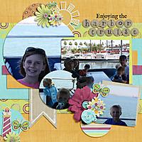 Enjoying-the-Harbor-Cruise.jpg