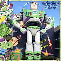 Giant_Buzz_Lightyear.jpg
