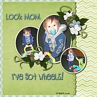 Look_mom_.jpg