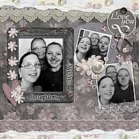daughtersandmomdec2015.jpg