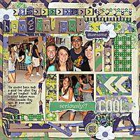 Hangin_out_sts_teenagekicks_rfw.jpg