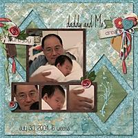 2004-07-30-DaddyOneMonthSmall_001.jpg