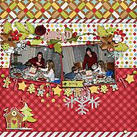ScrapsNPieces_GingerbreadHouse-TP33_2005_copy.jpg
