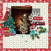 2014-12-15-elfhijinksonthetree_sm.jpg