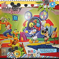 2017_Vacation_Mickey-Room_WEB.jpg