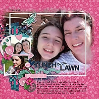 Family2017_LunchOnTheLawn_600x600_.jpg