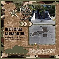 Family2017_VietnamMemoriall_left_600x600_.jpg