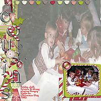 1985-Cousins-Playing-Christmas.jpg