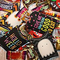 Spooktacular_mini_pillow_treat_boxes_ALD_GS.jpg