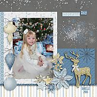 LindsayJaneDesigns_ItsChristmas_Danni2006_copy.jpg