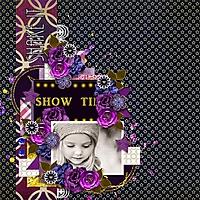 Kelley_Hays_Show_Time.jpg
